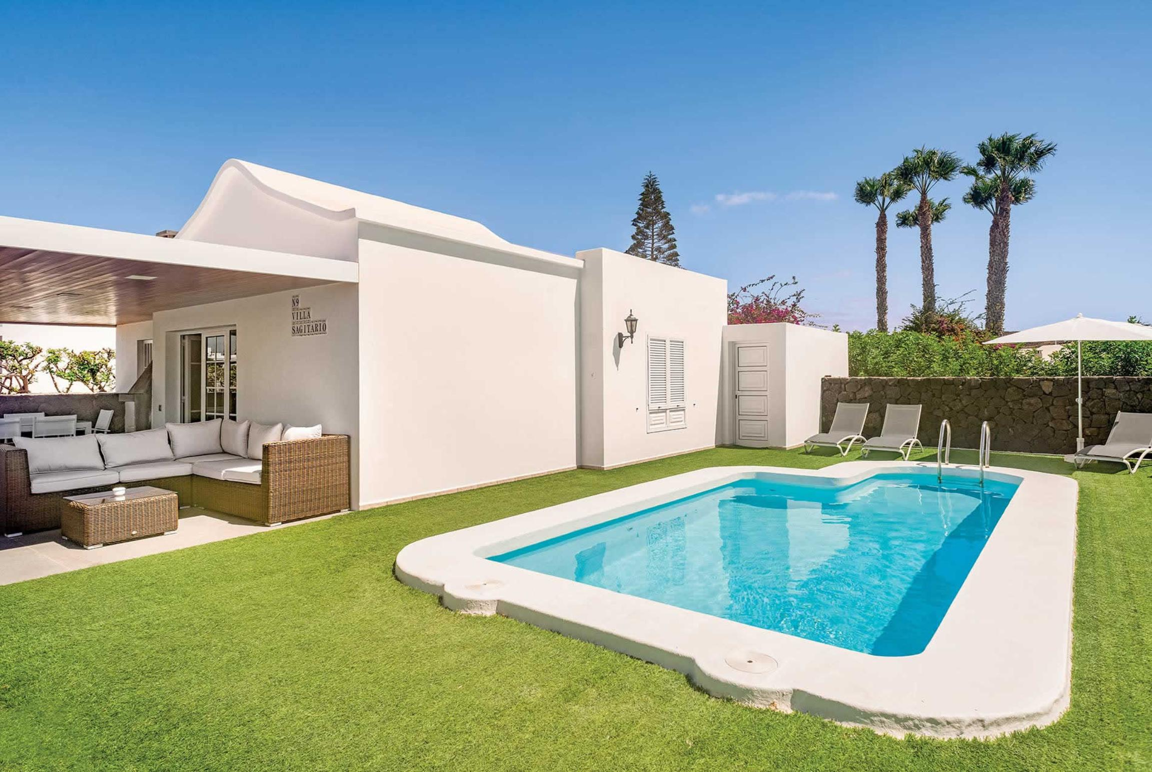 Read more about Hyde Park Lane Villas villa