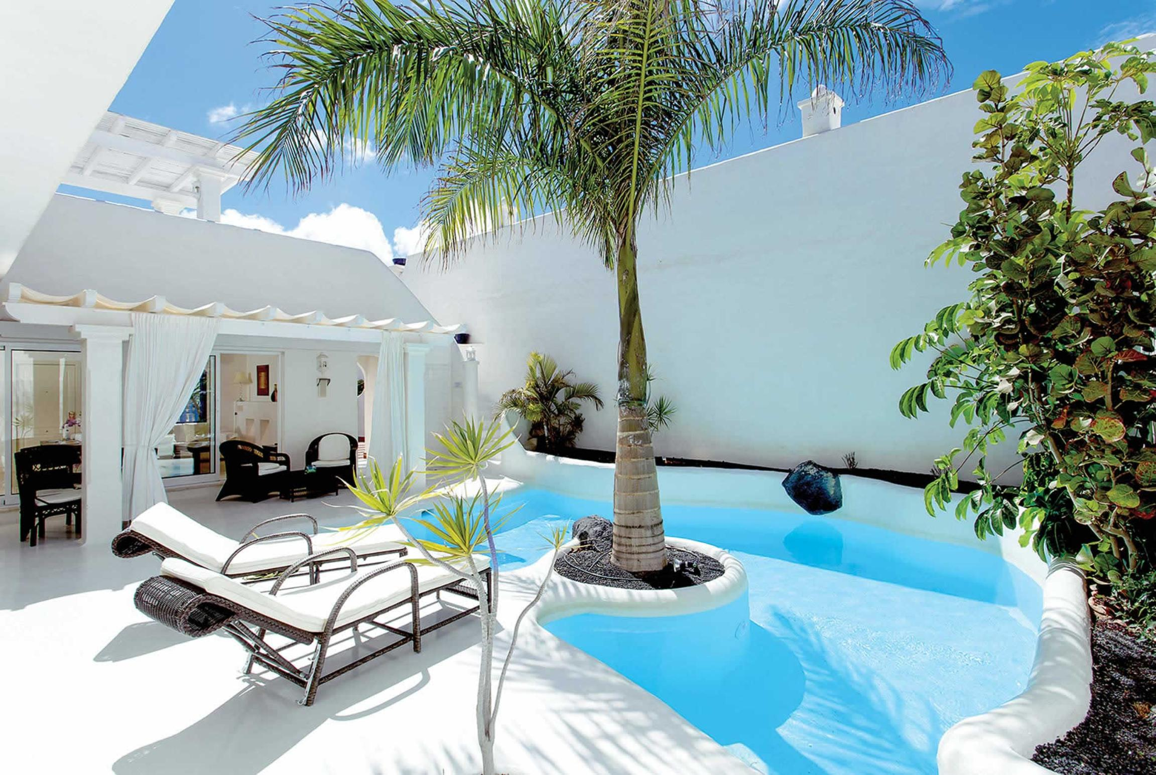 Read more about Villas Jardines villa
