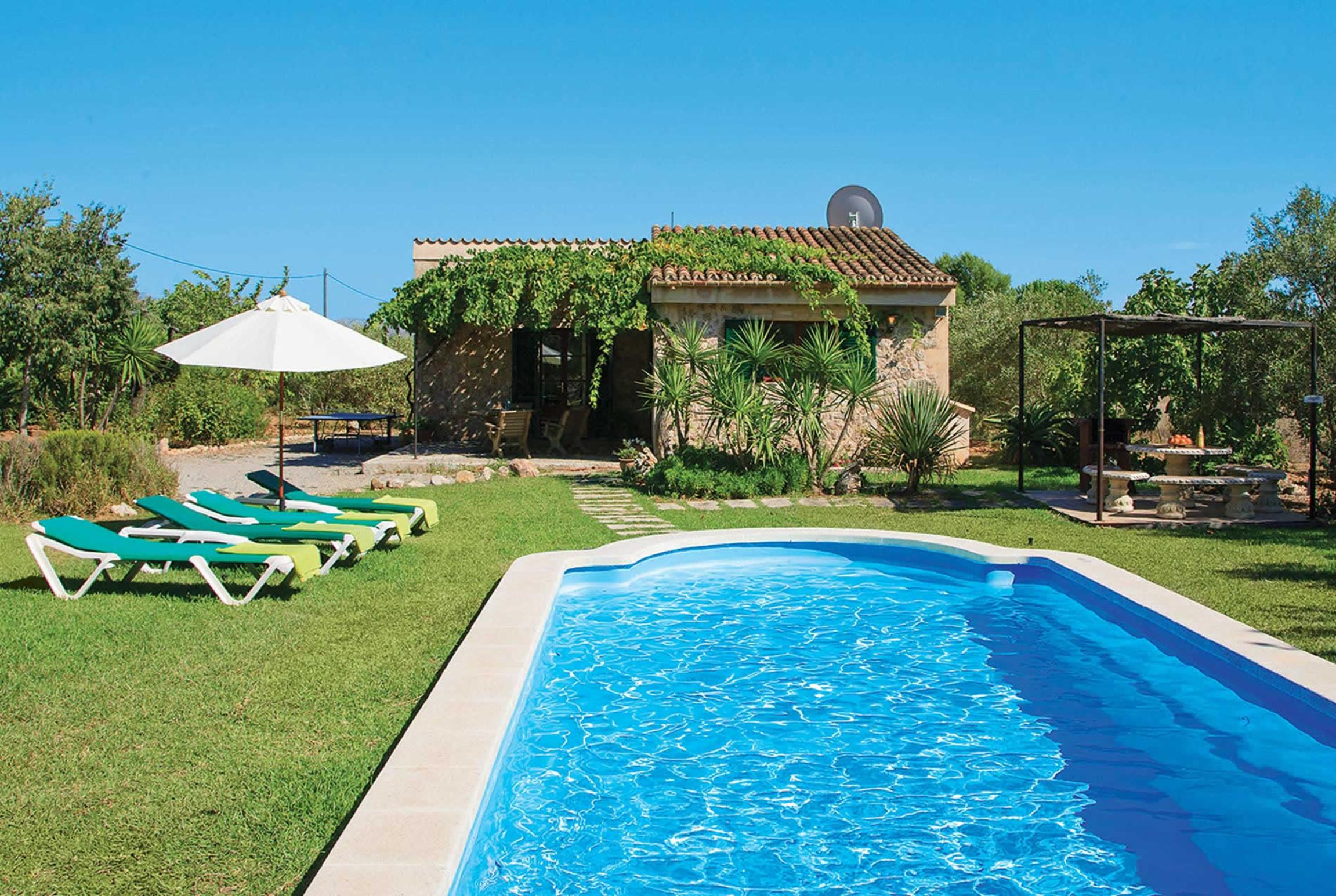 Read more about Can Canaveret villa