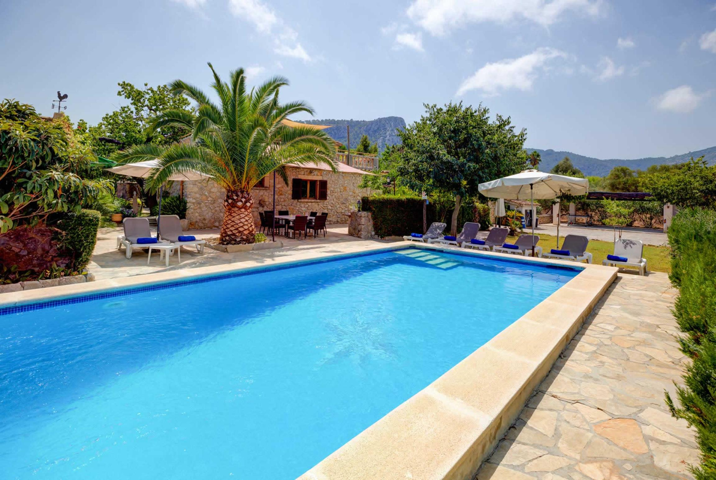 Read more about Can Reus villa