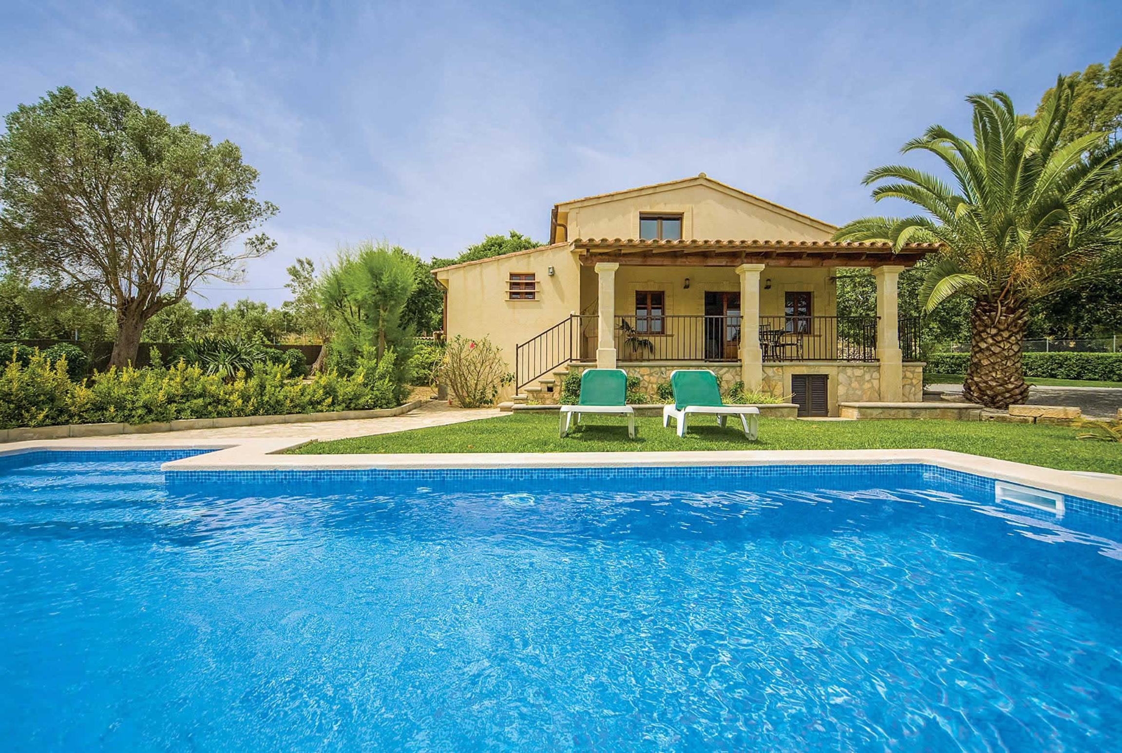 Read more about Coste de Na Llucia villa
