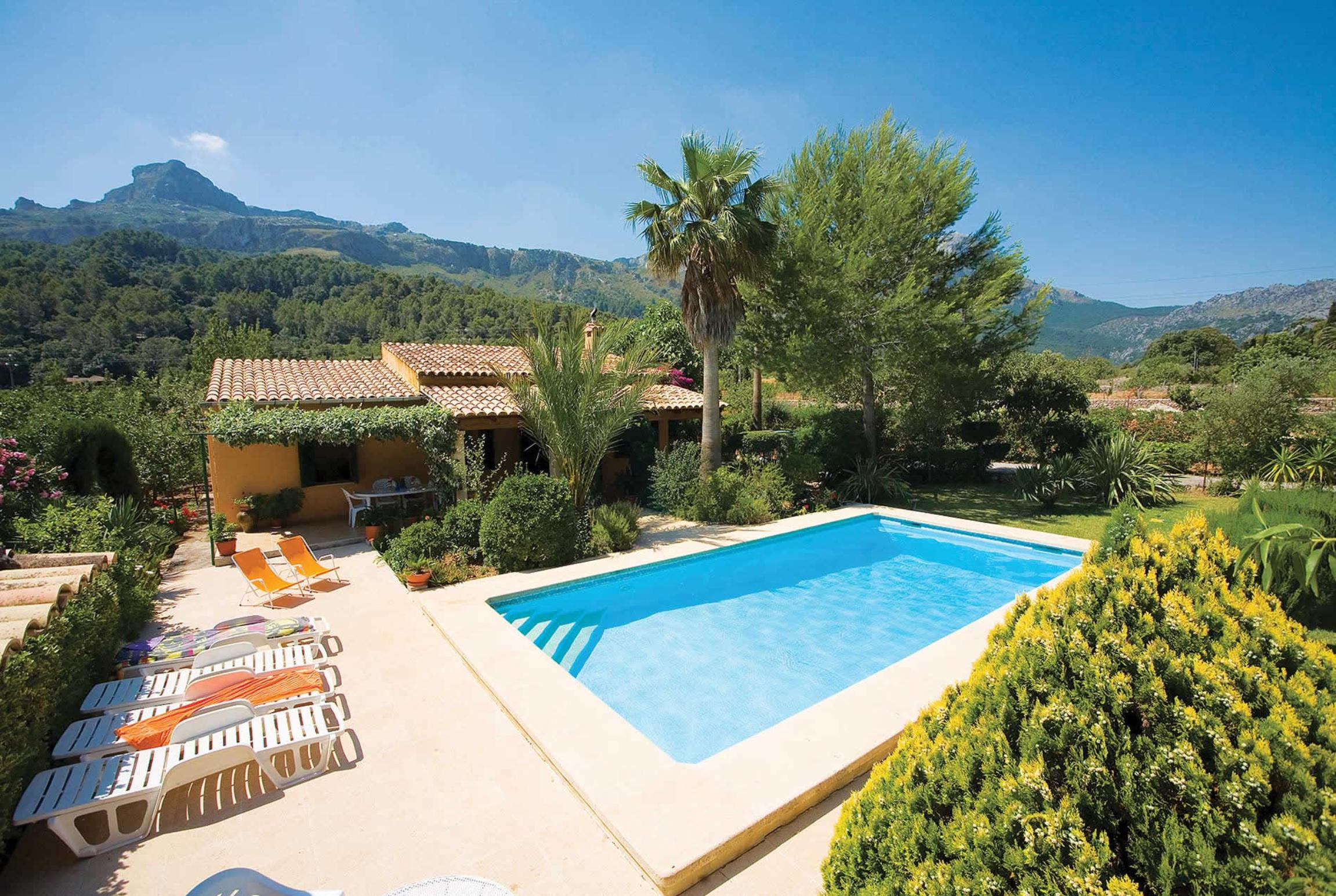 Read more about La Plana villa
