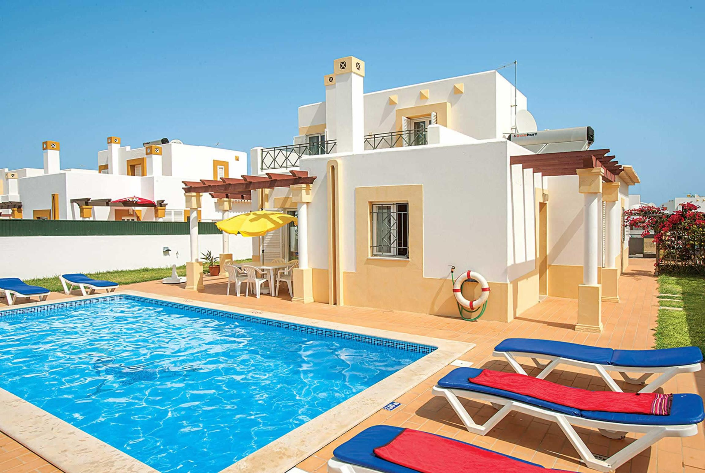 Read more about Algarhb villa