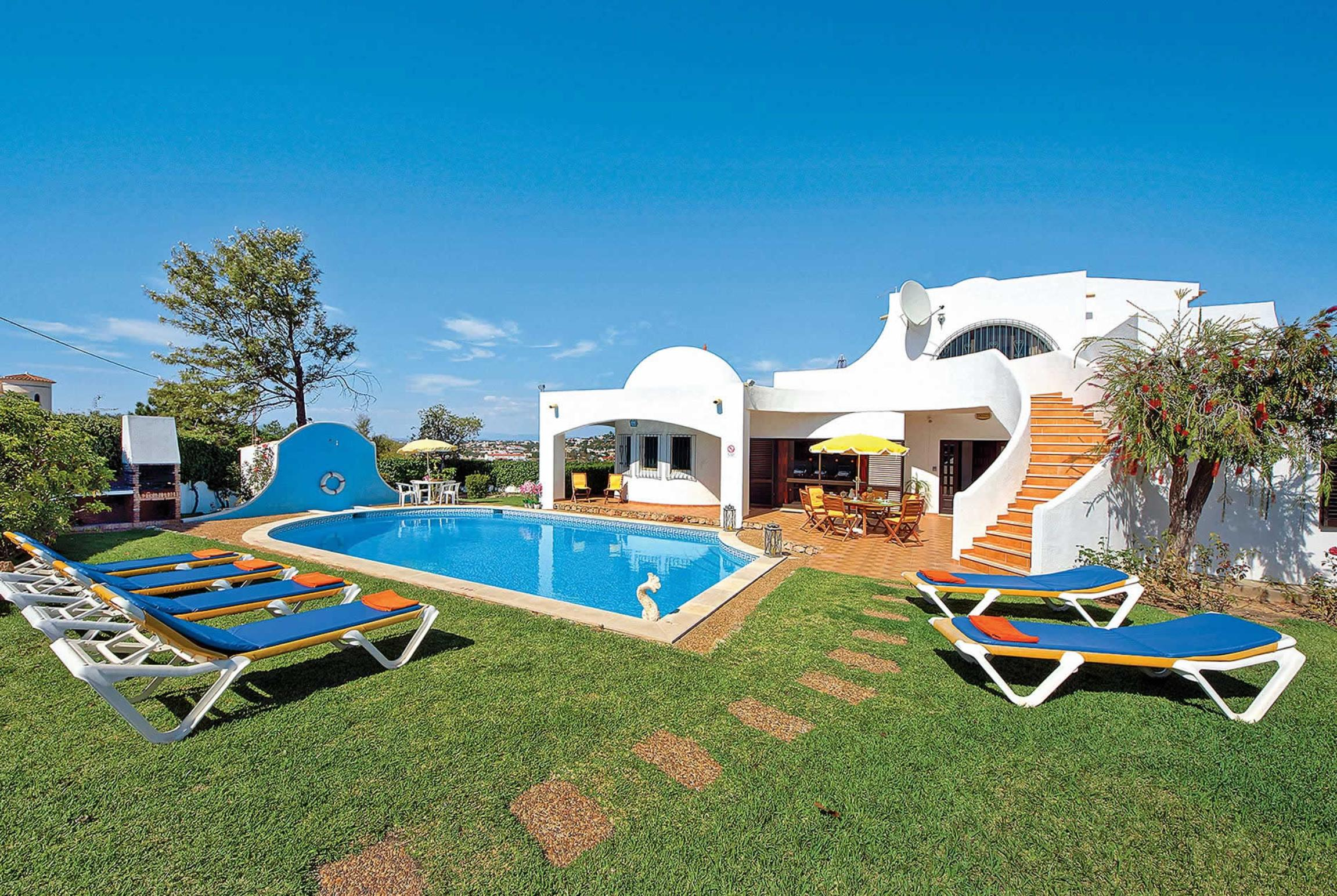 Read more about Gira villa
