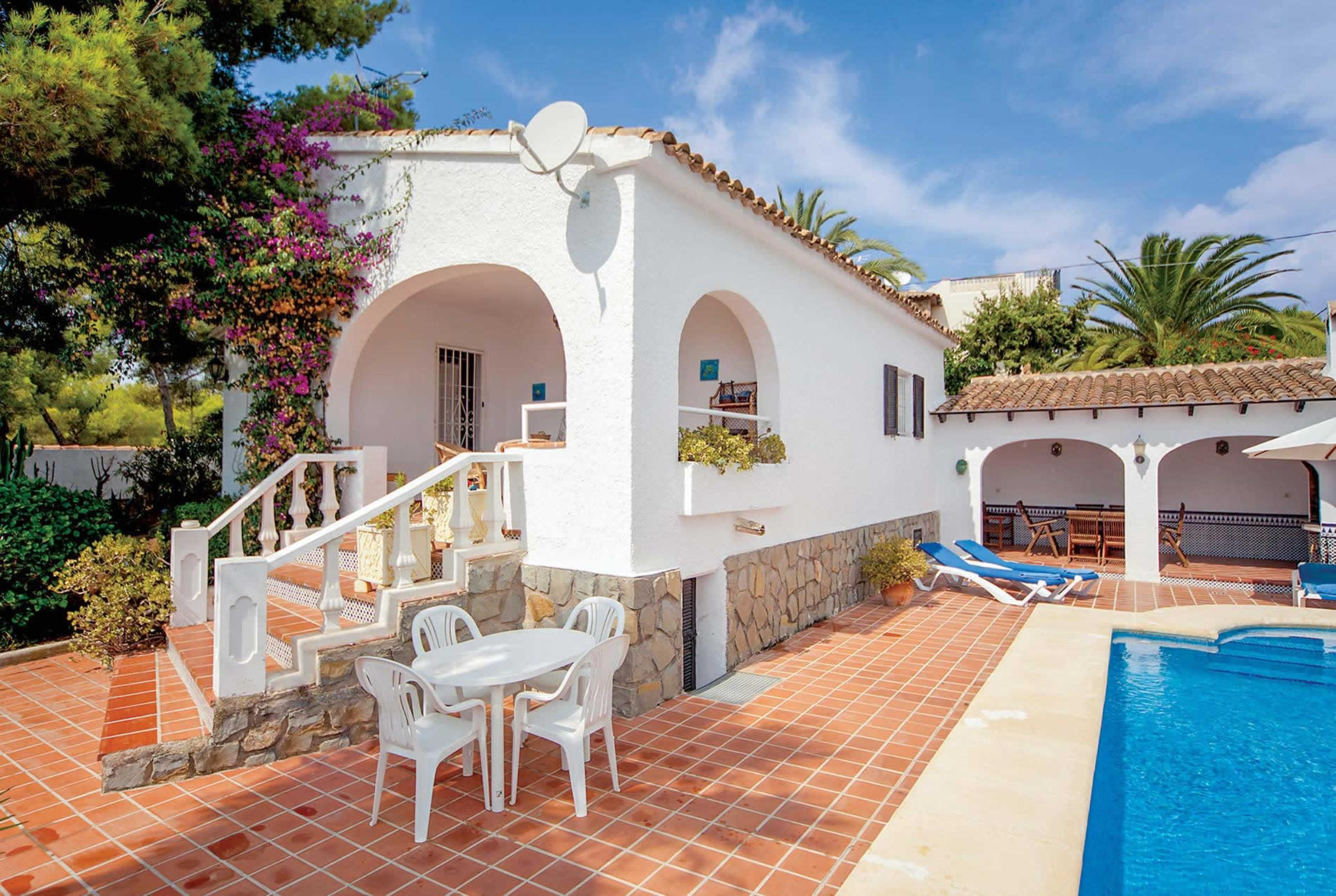 Read more about Casa del Pines villa