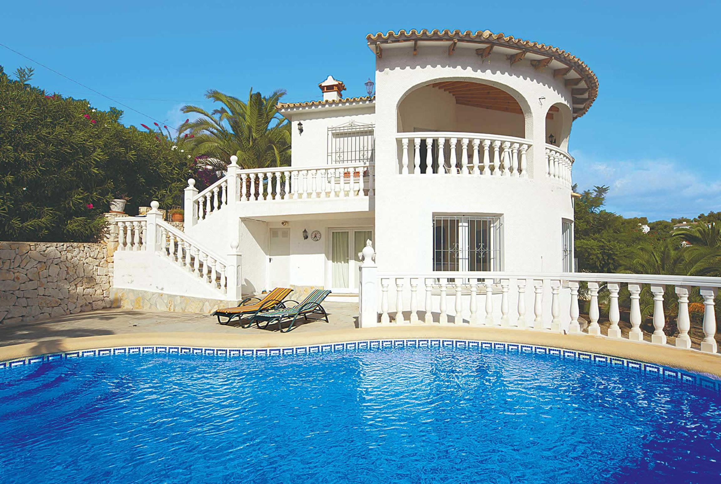 Read more about Las Ampolas villa