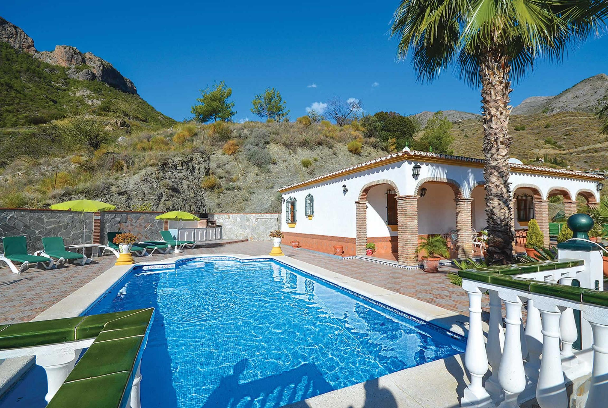 Read more about Casa Castano villa