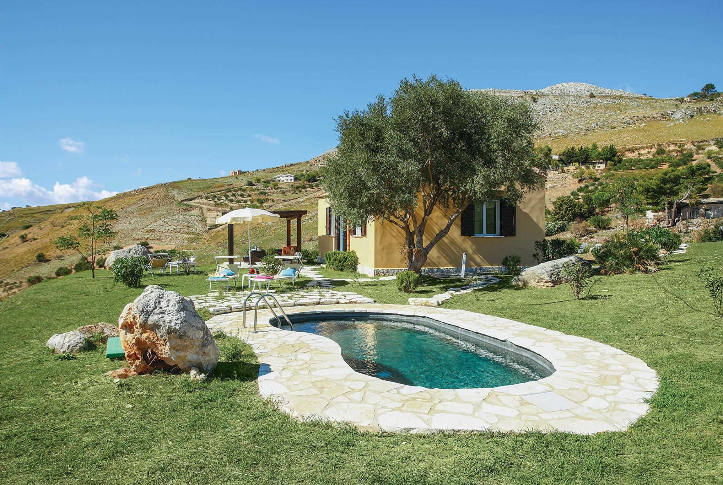 Read more about Sirena villa