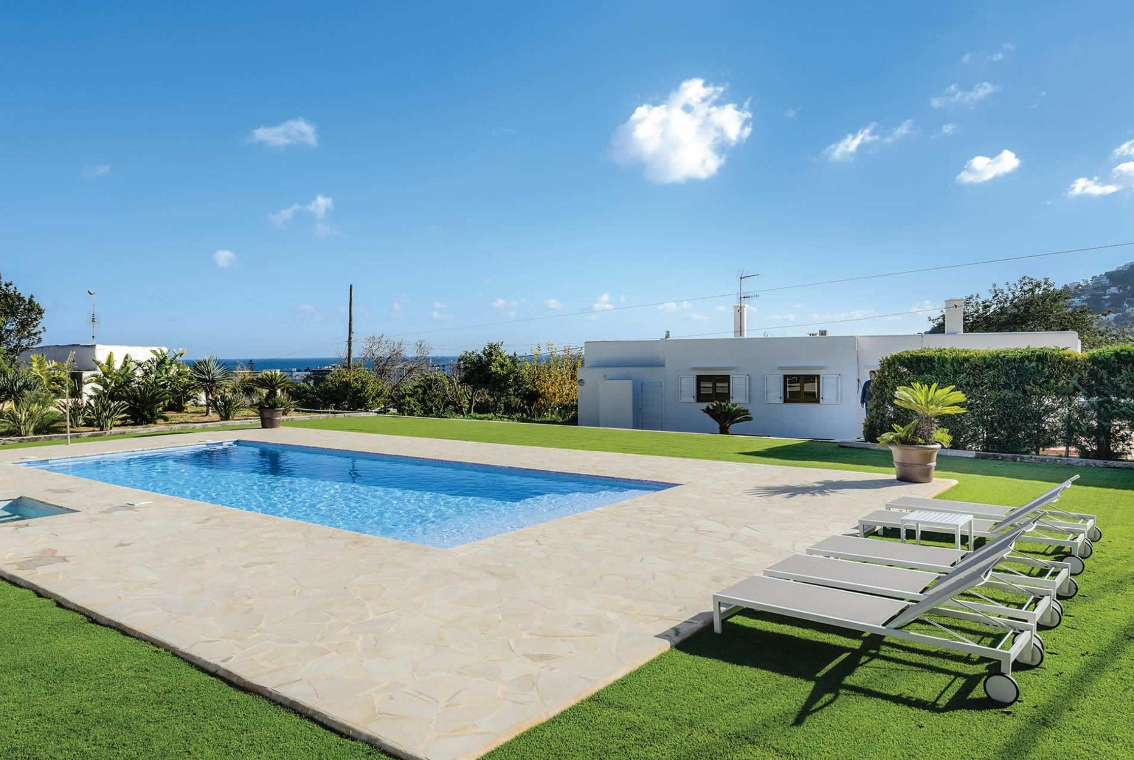 Read more about Periblai villa
