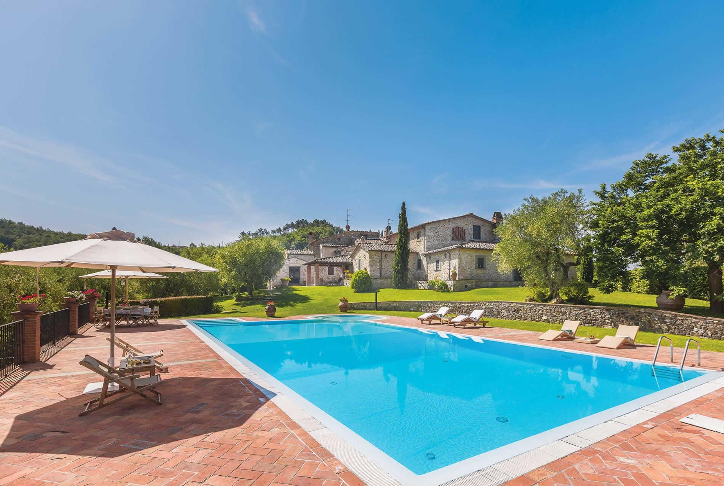 Read more about Villa Dell Angelo villa