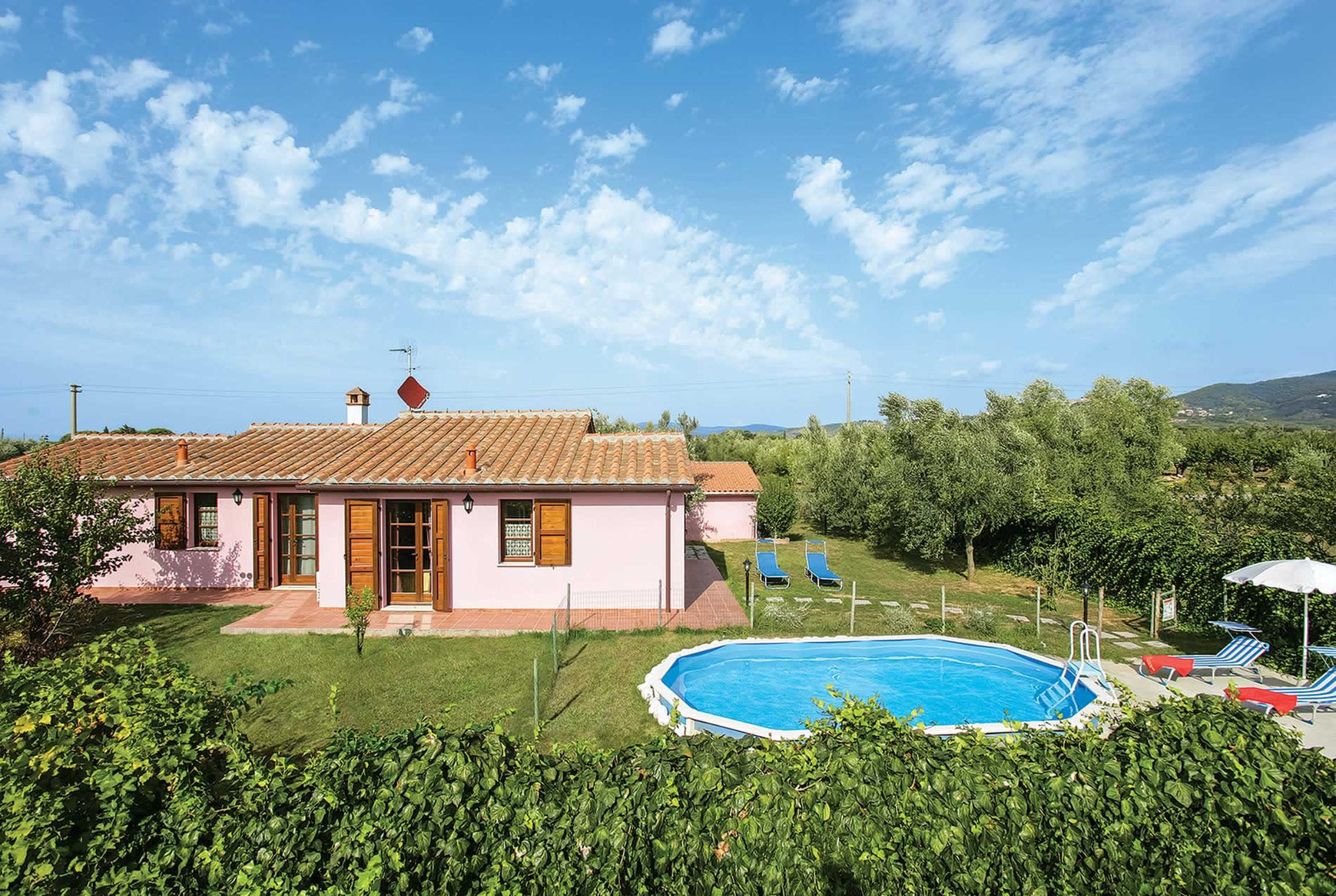 Read more about La Casetta villa