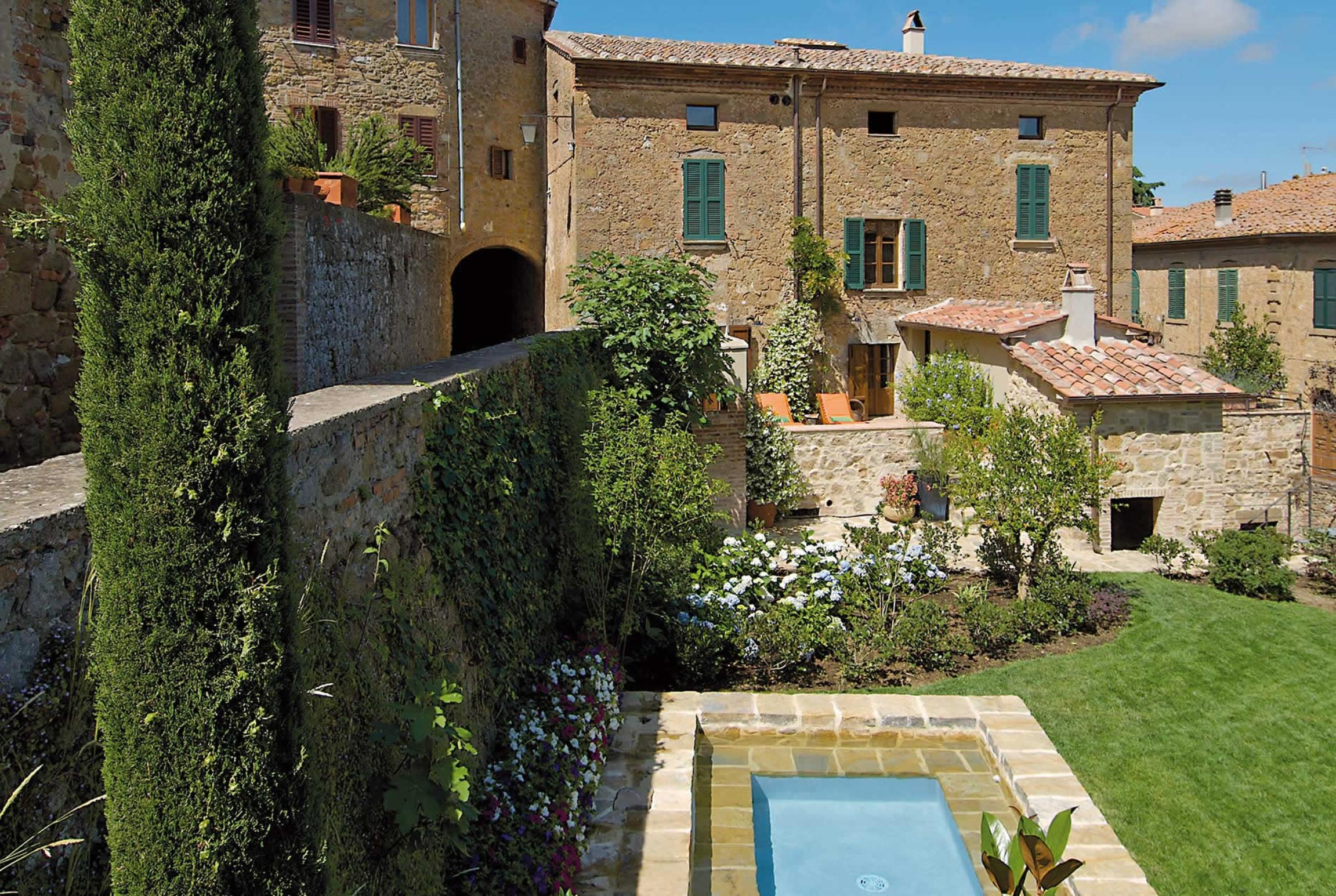 Read more about La Residenza villa
