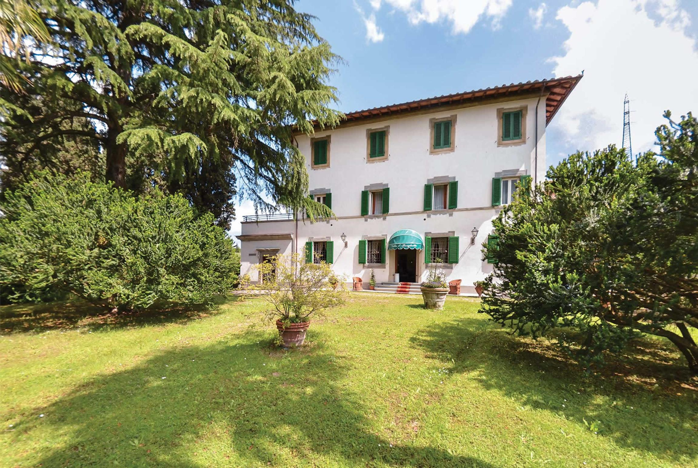 Read more about Borghetto villa