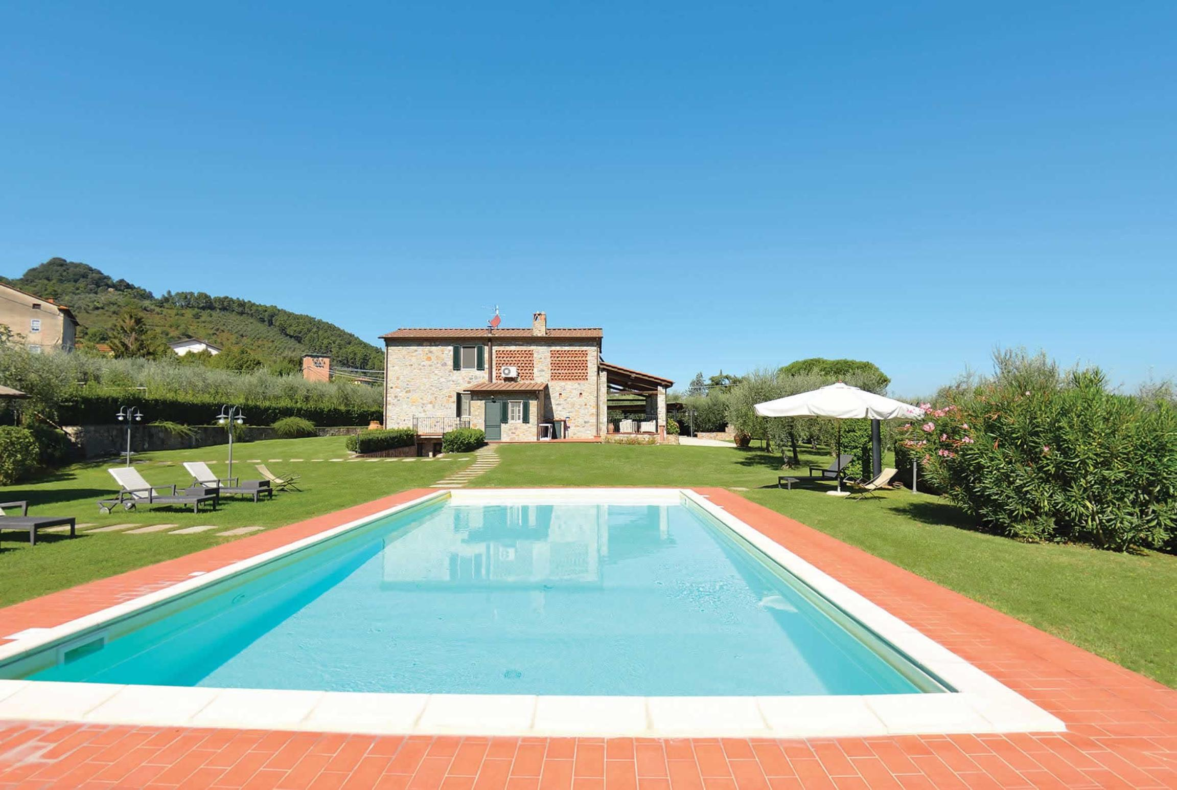 Read more about Villa Lanterna villa