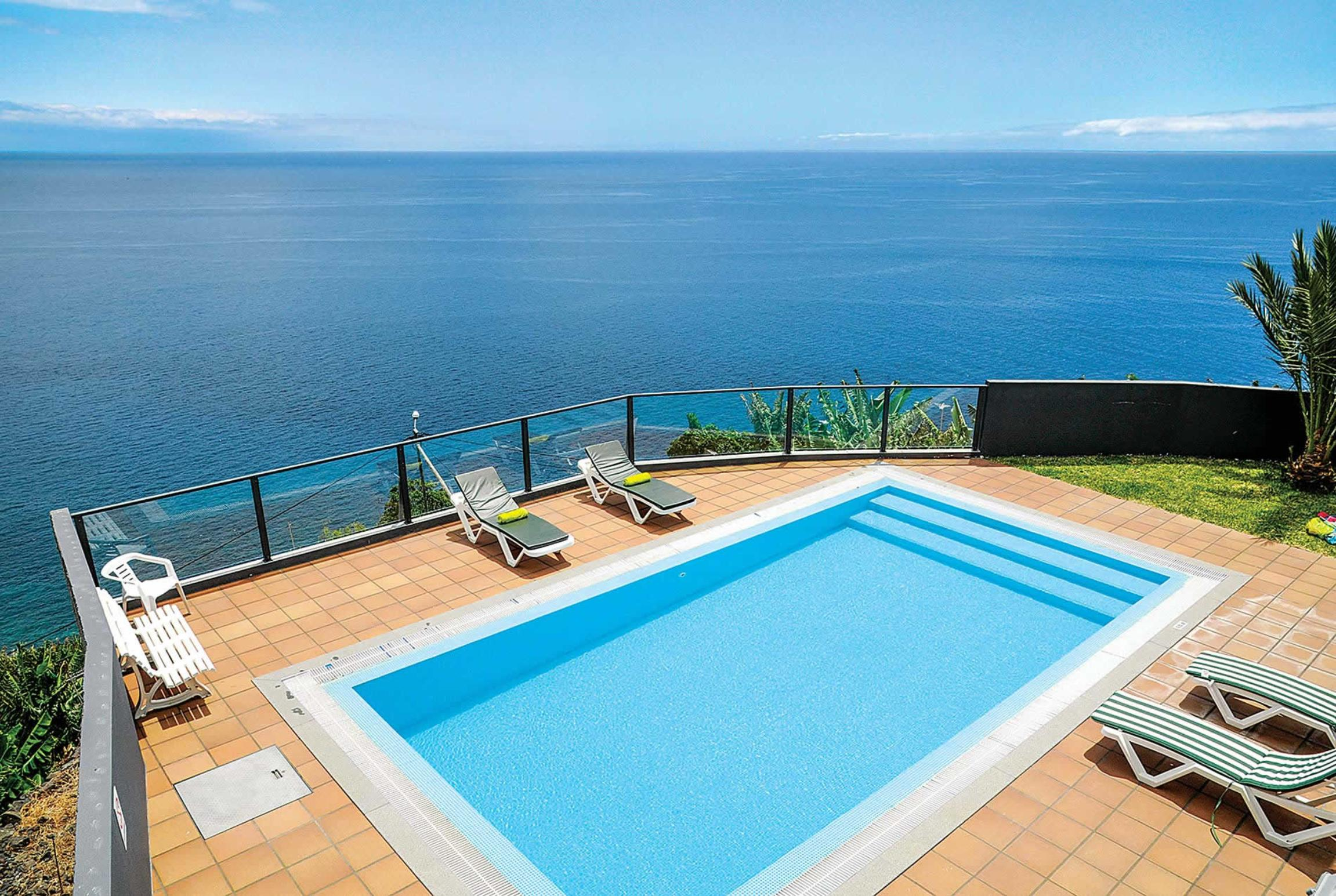 Read more about Vista do Mar villa