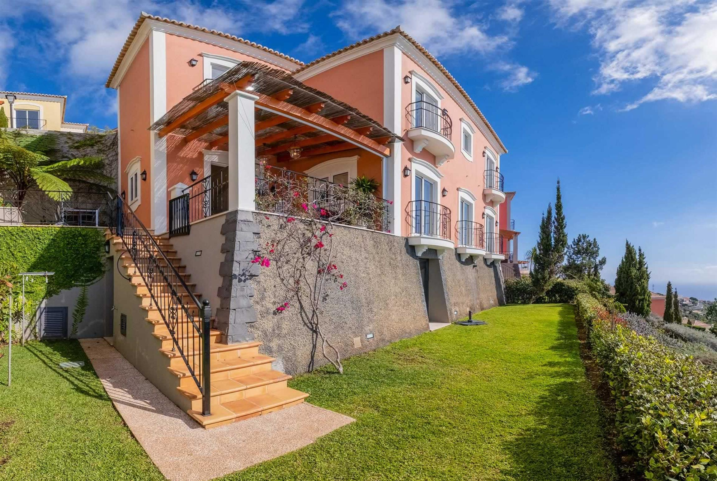 Read more about Palheiro Garden Villa villa