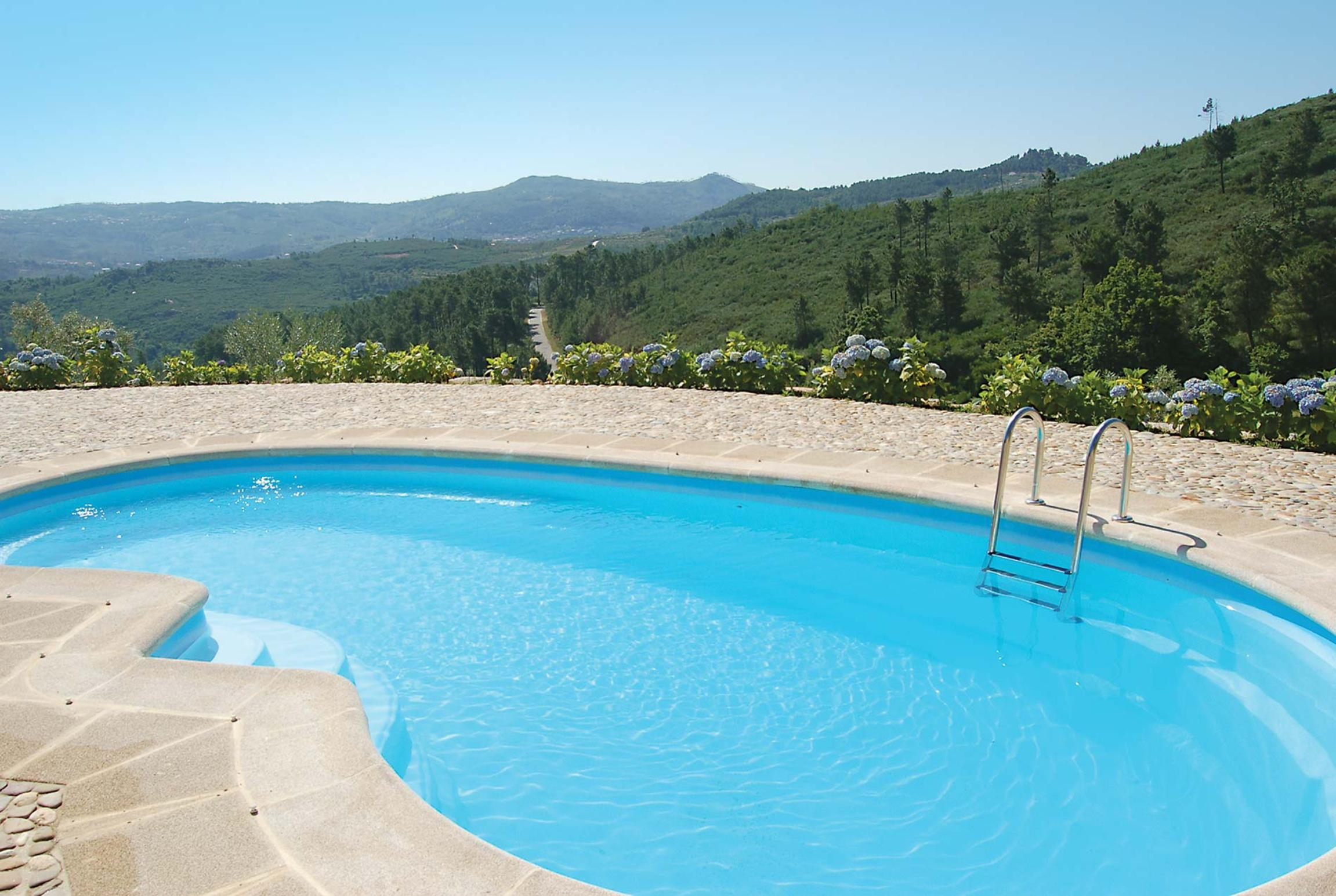 Read more about Quinta da Silvares villa