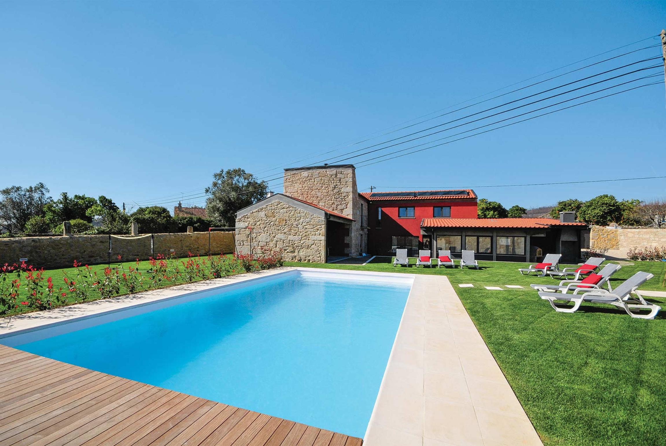 Read more about Villa Caseiro villa