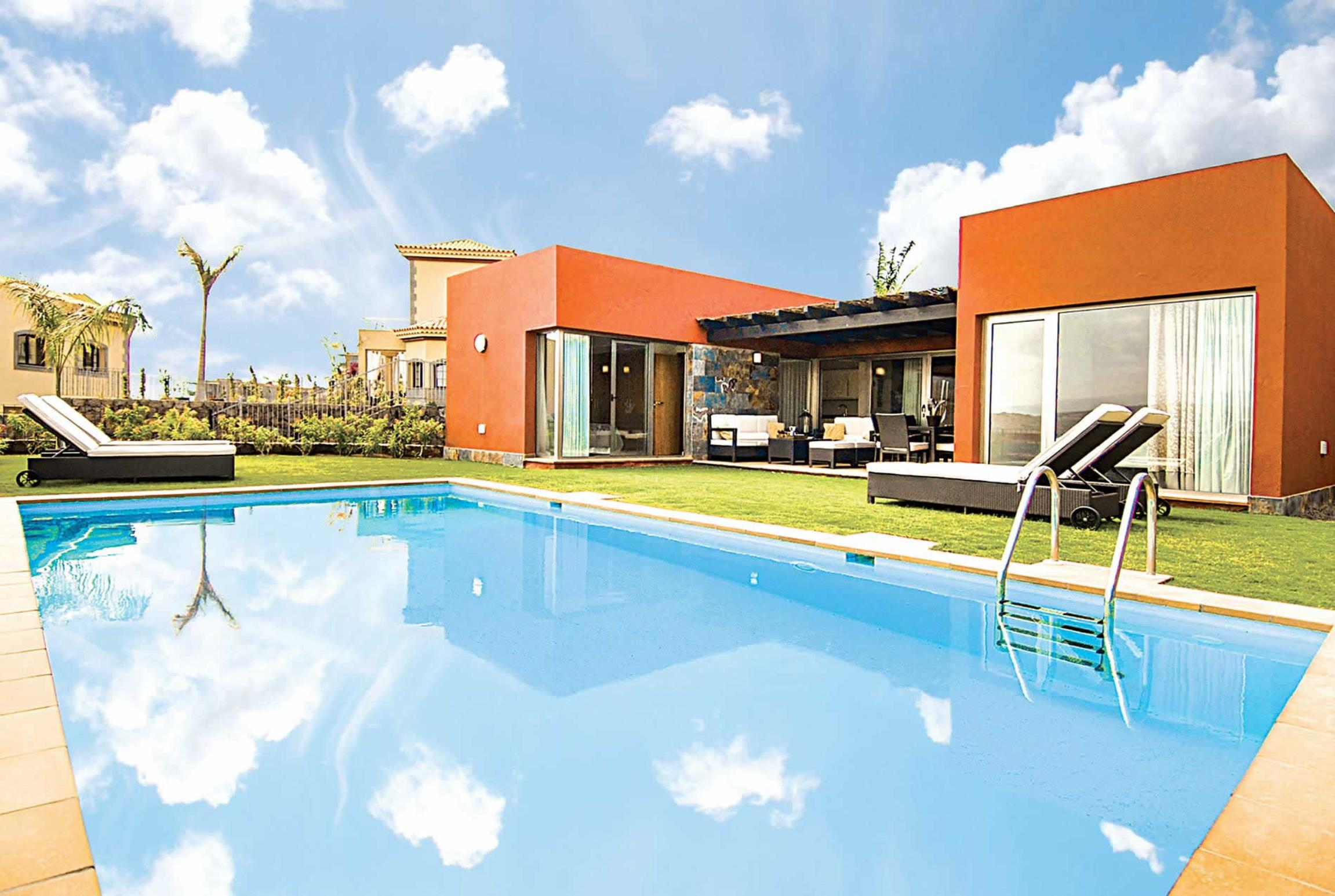 Read more about Par 4 Villa 12 villa