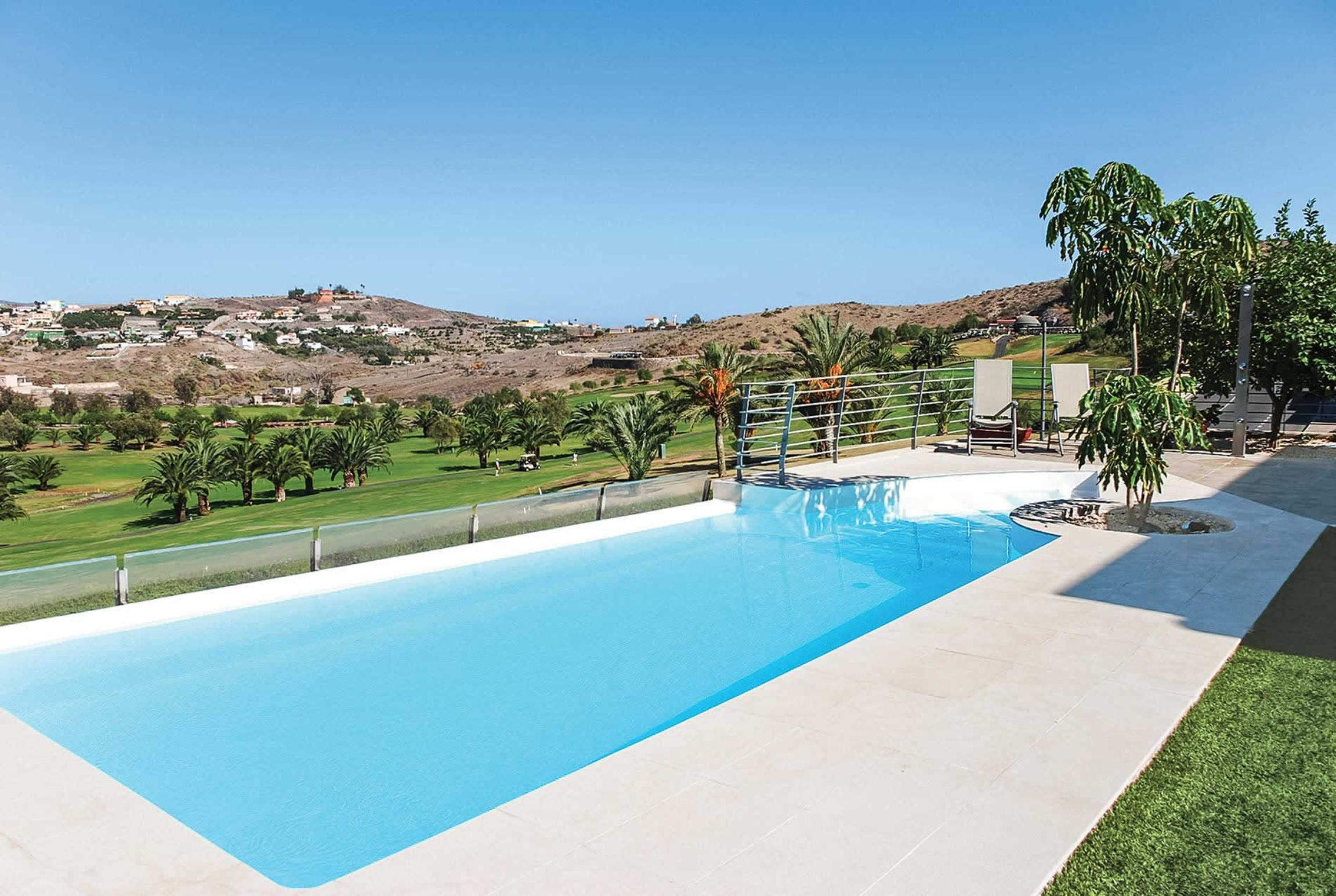 Read more about Piedra Amarilla villa