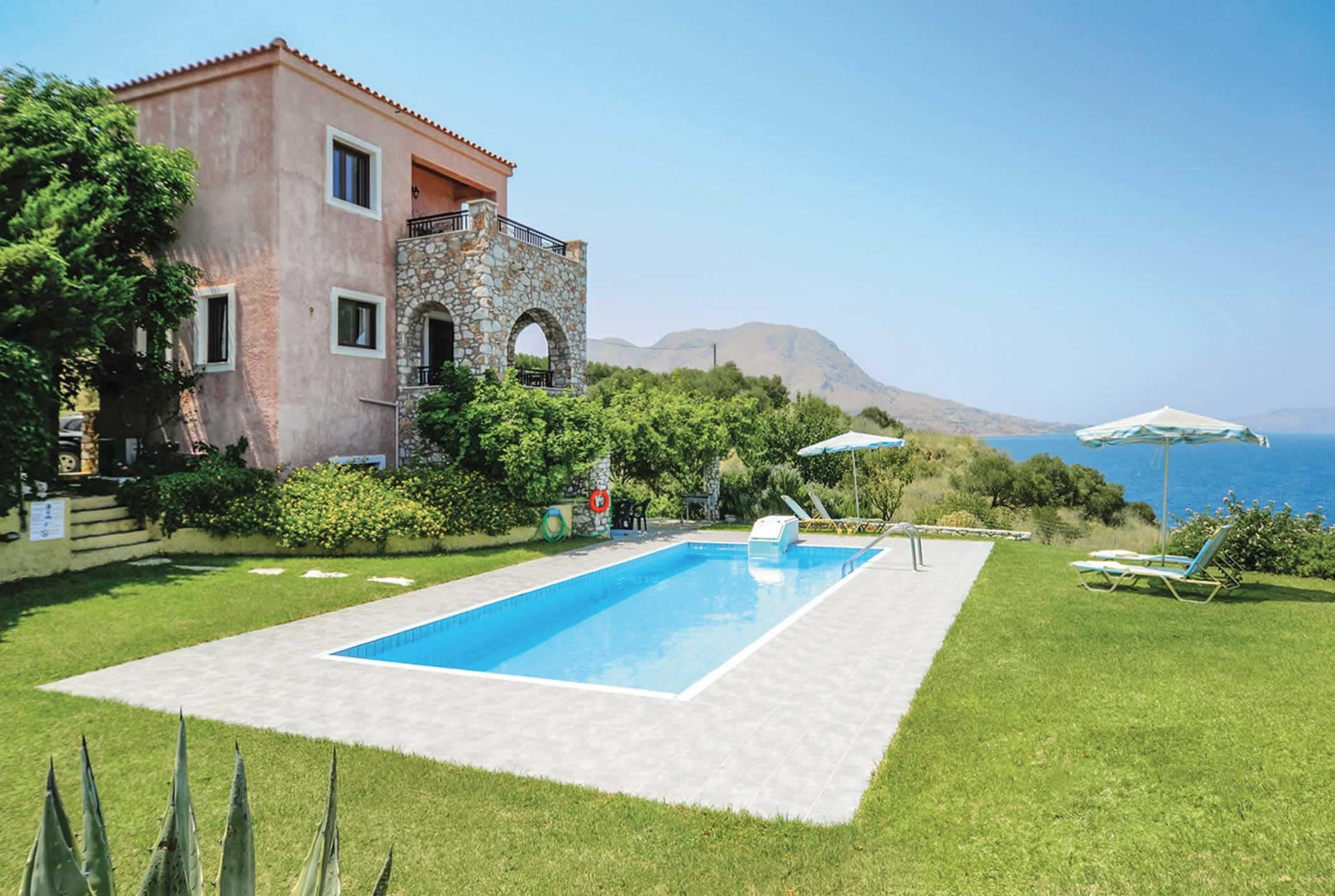 Read more about Aptera villa