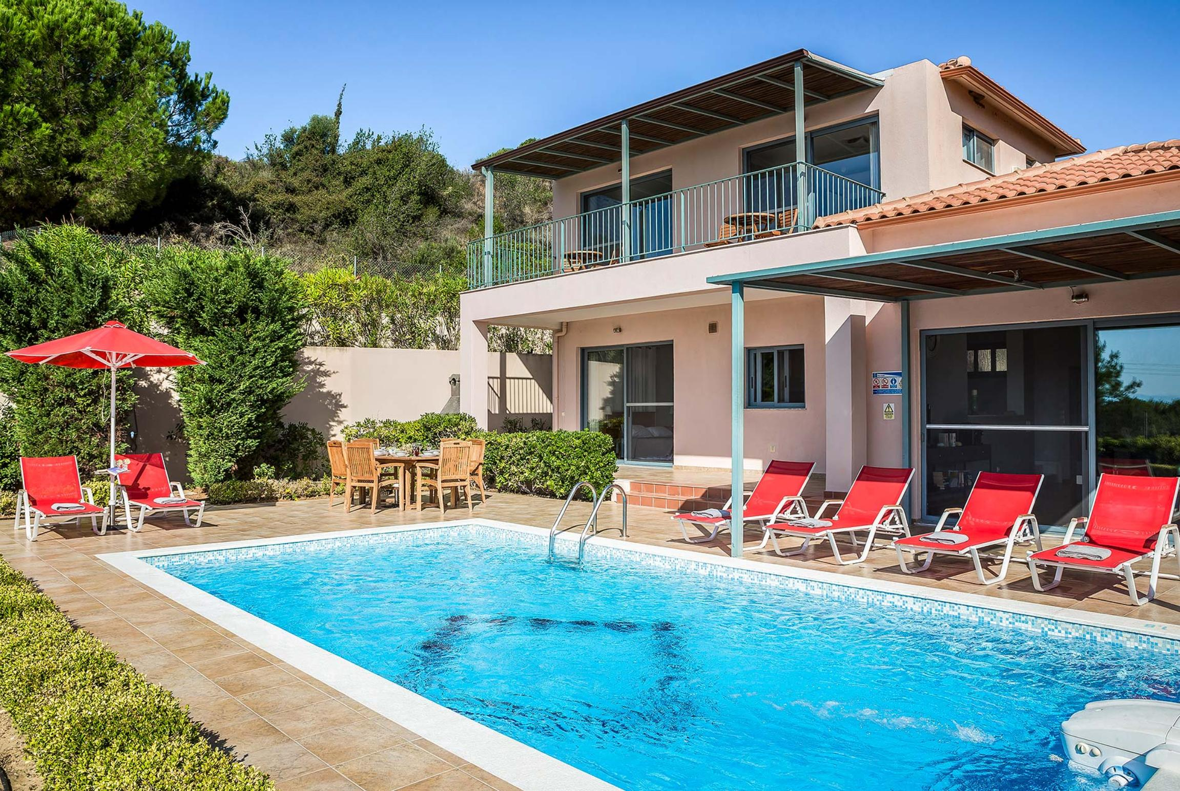 Read more about Villa Costa villa
