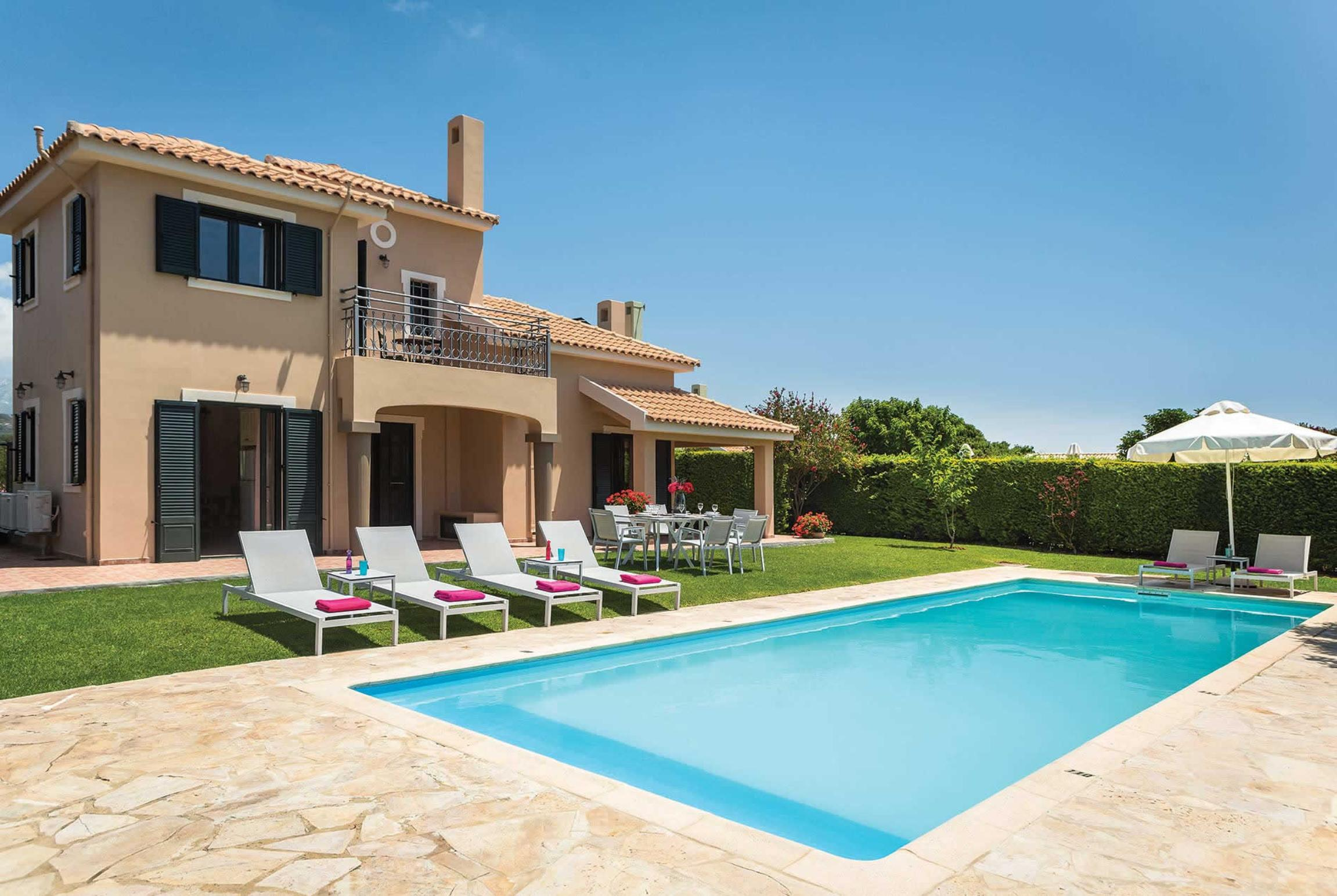 Read more about Iro villa