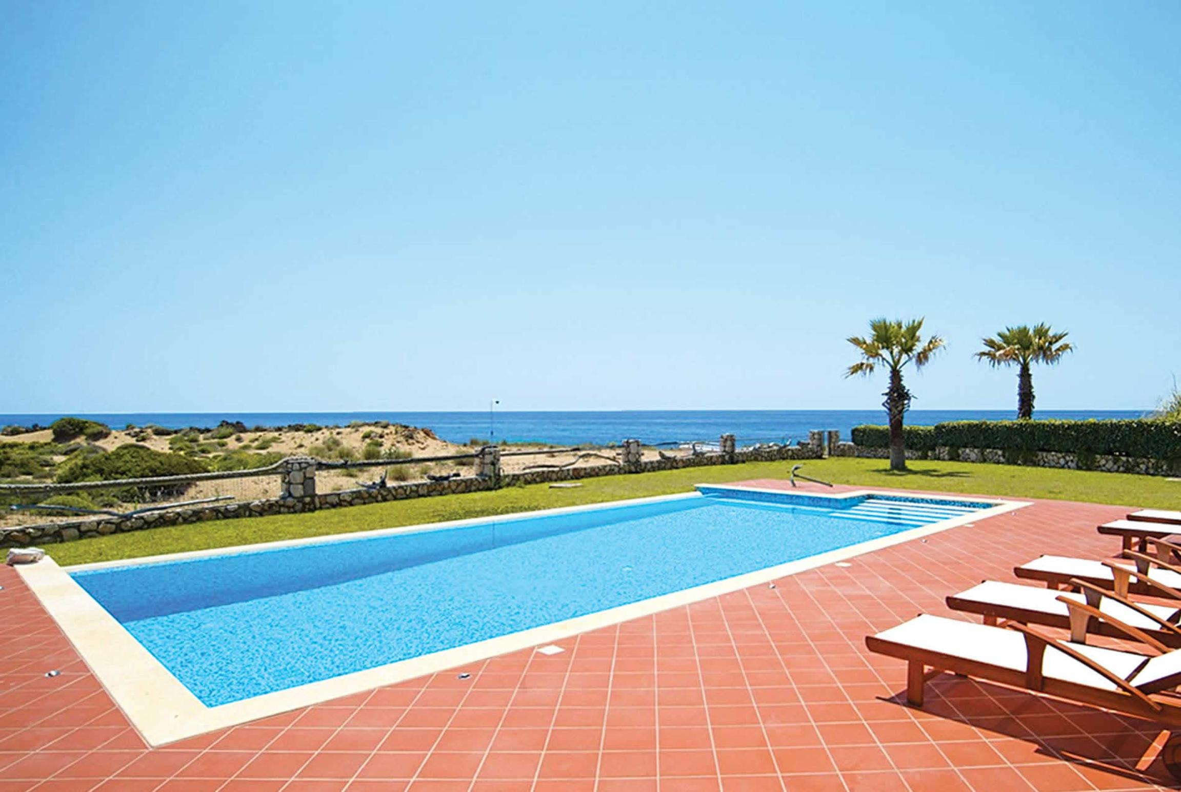 Read more about Sunset villa