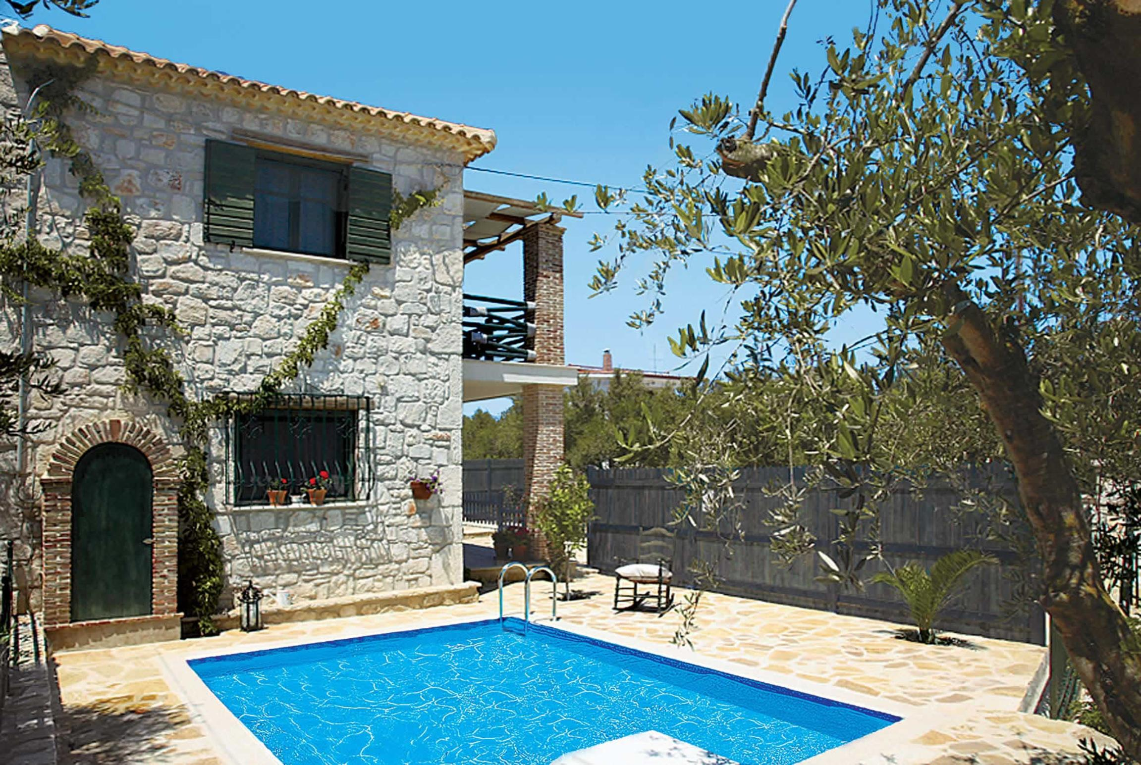 Read more about Contessina villa