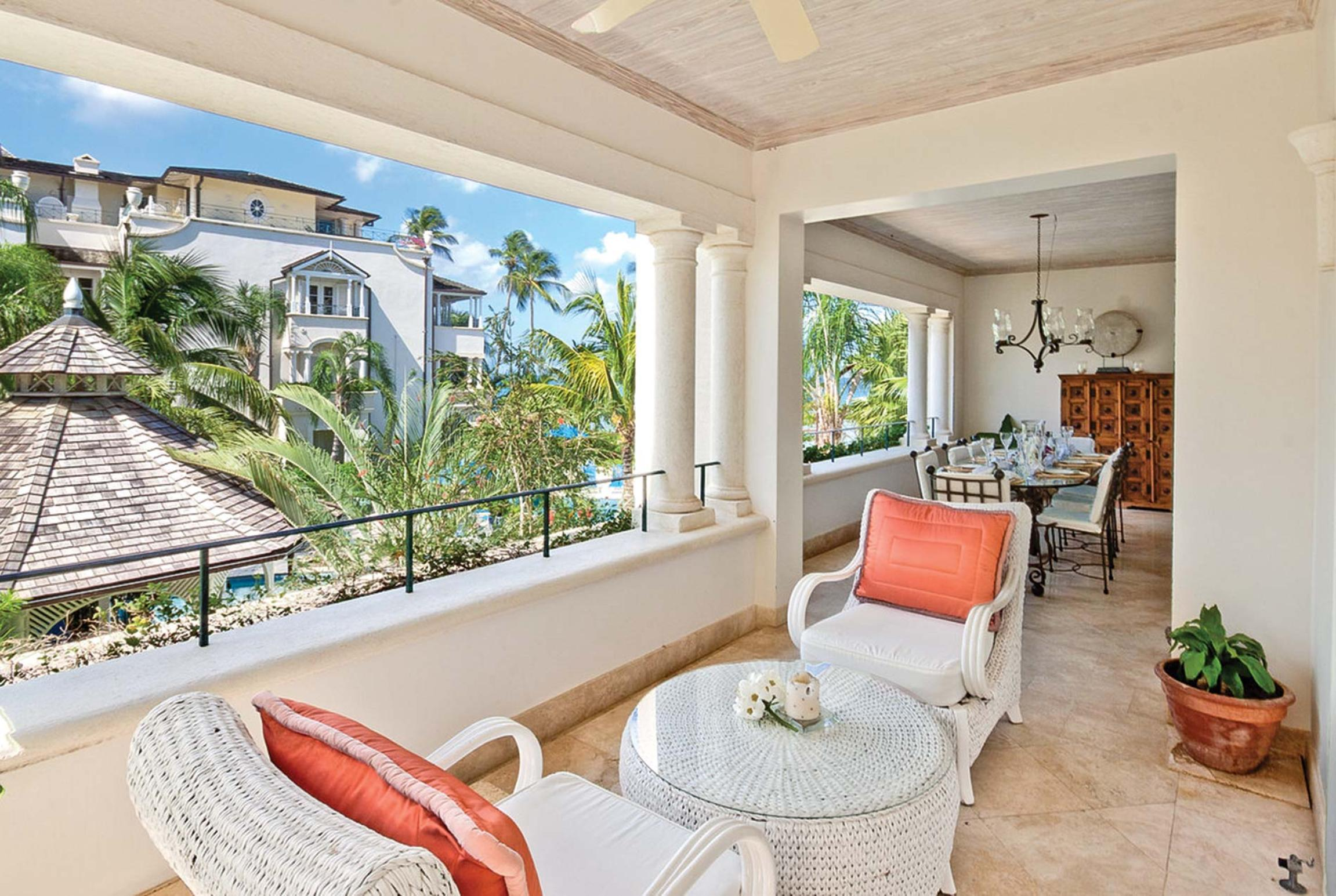 Read more about Tropical villa