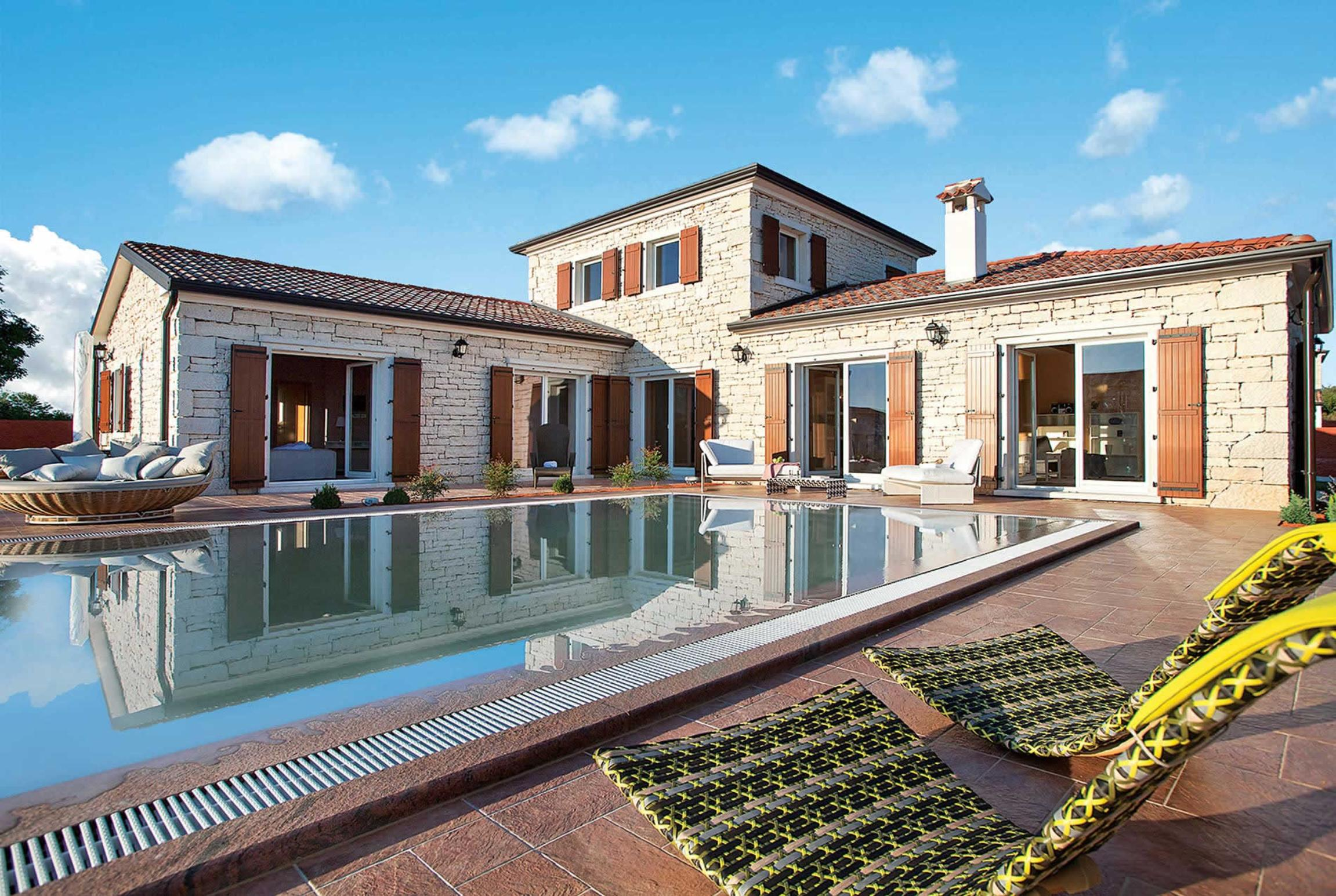 Read more about Modena villa