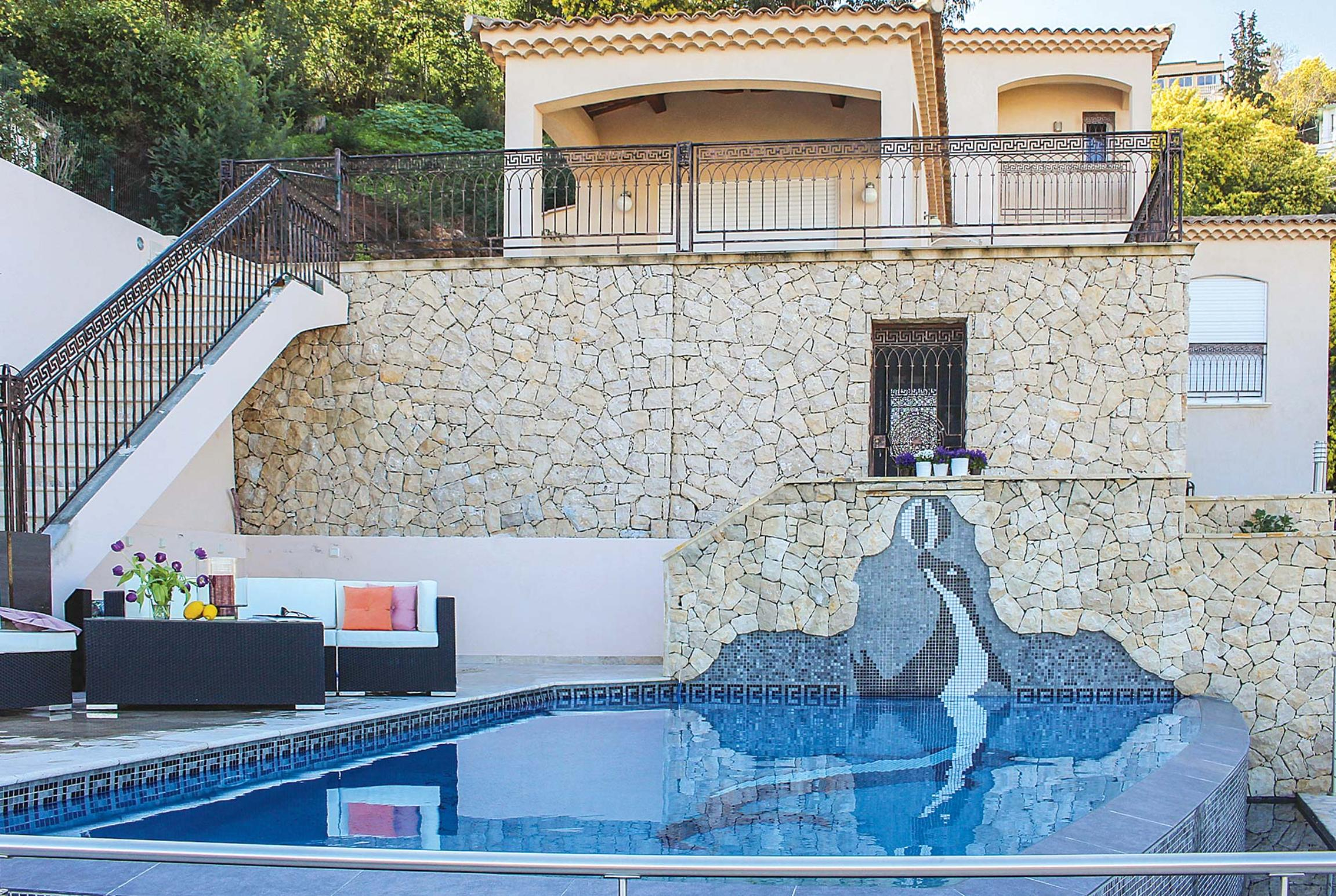 Read more about Dauphin Bleu villa