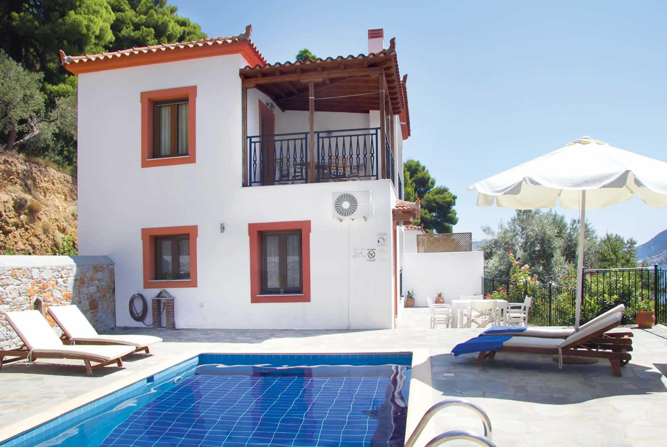Read more about Villa Elena villa