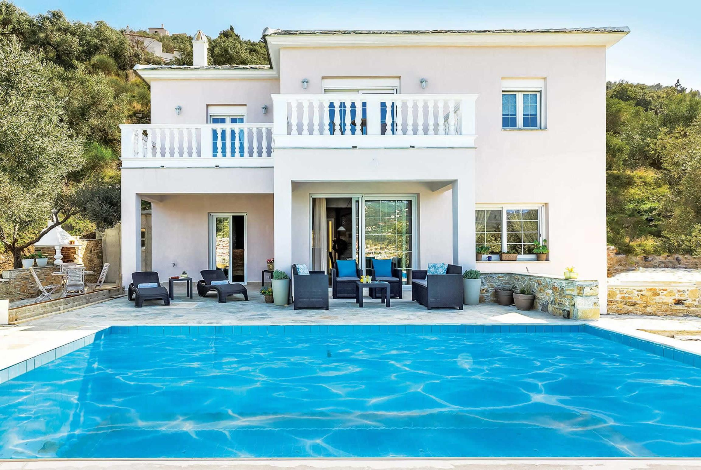 Read more about Revenio villa