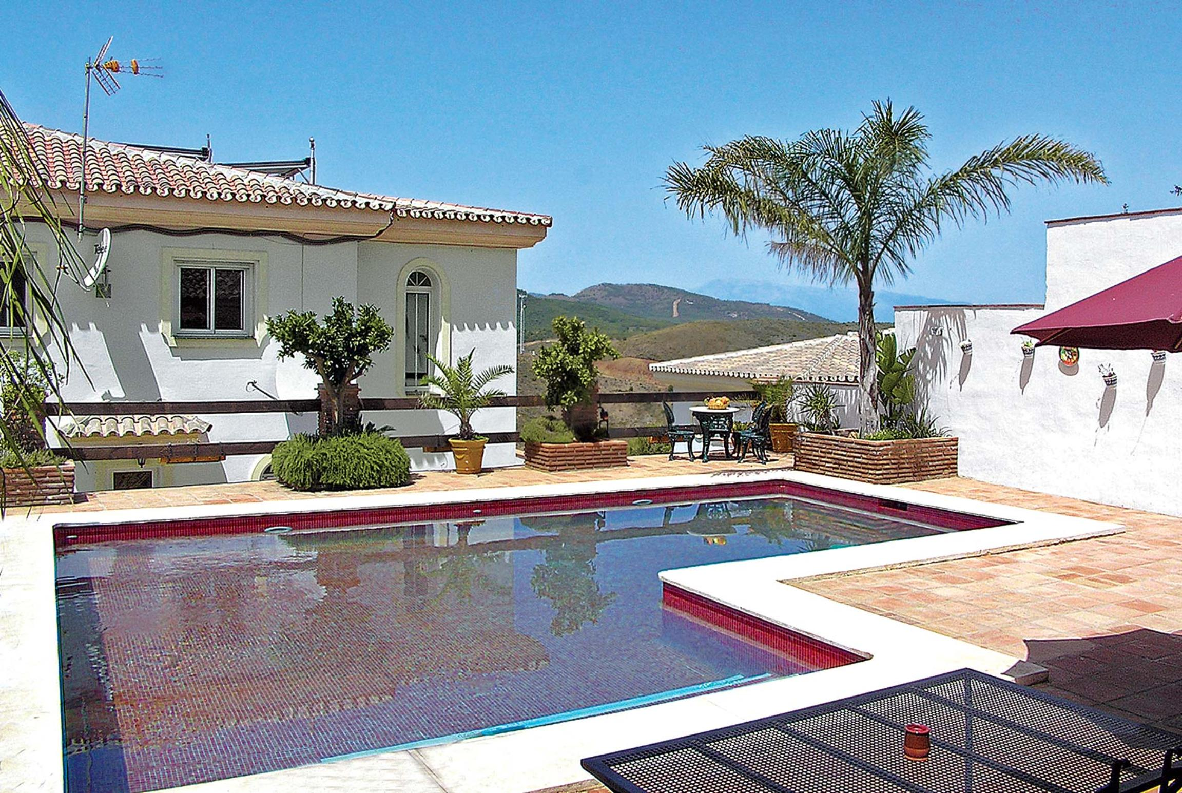 Read more about Andreamos villa