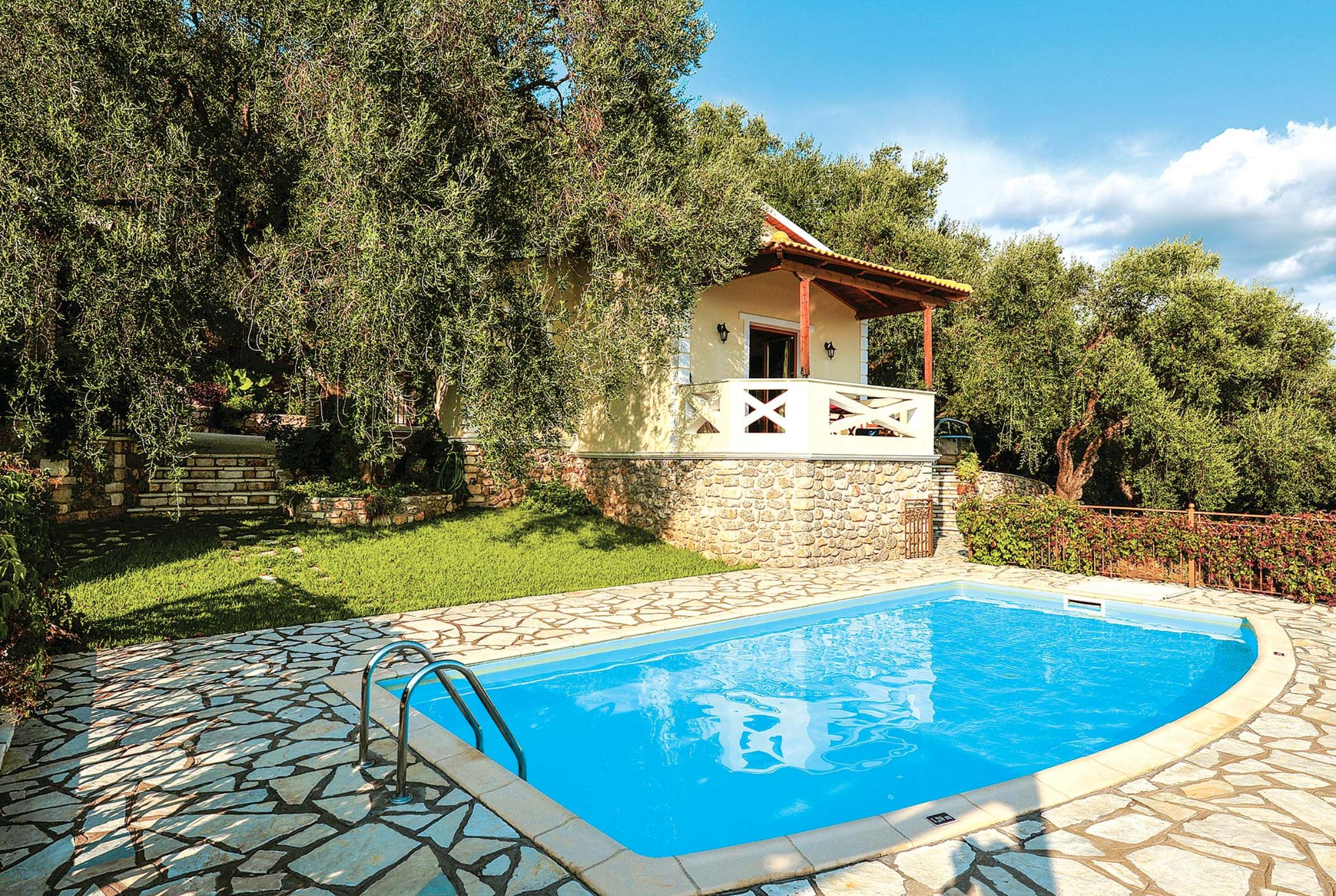 Read more about Apolis II villa