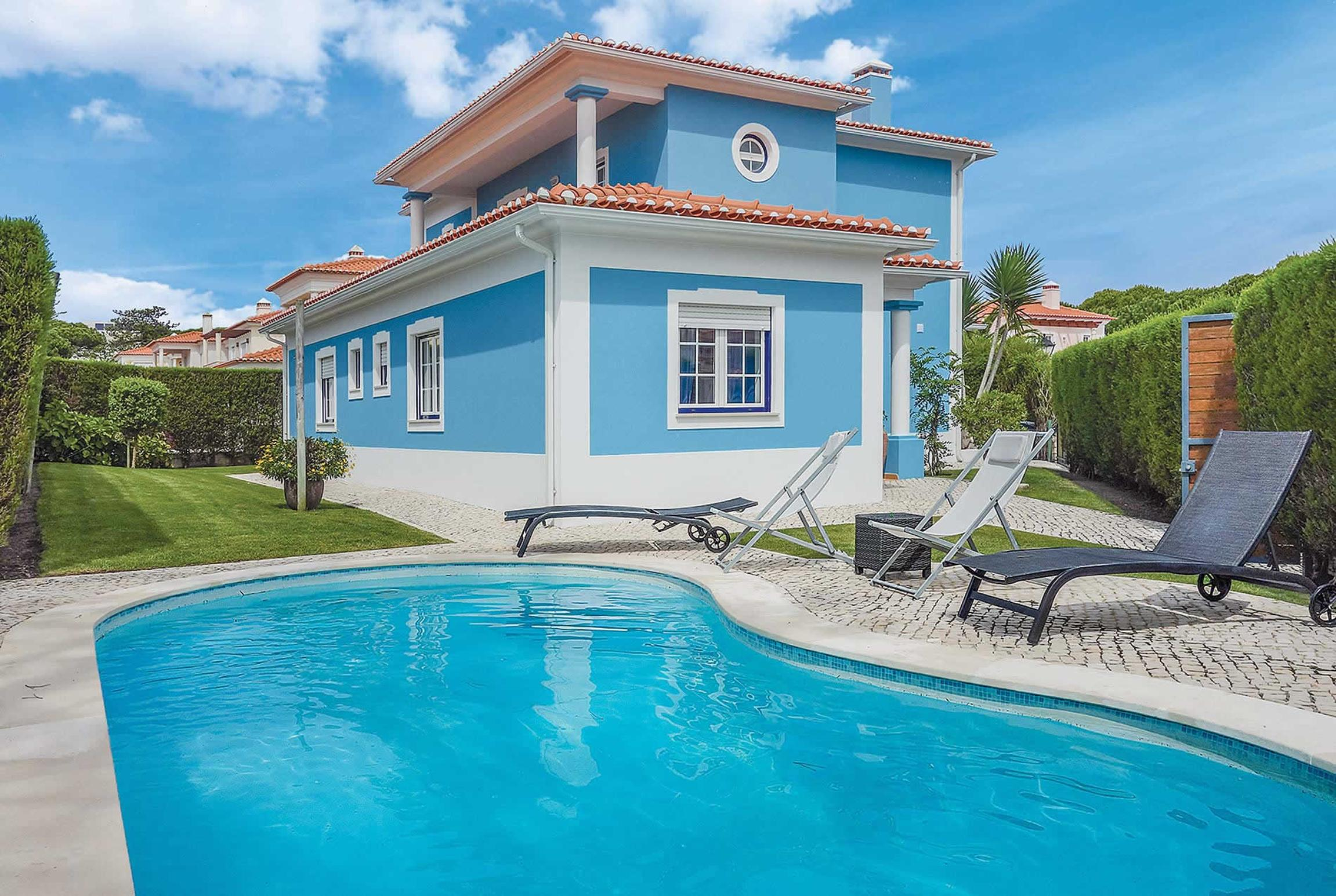 Read more about Villa Azure villa