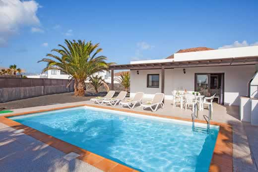 £468.00 for Lanzarote self catering holiday