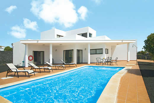 £952.00 for Lanzarote self catering holiday
