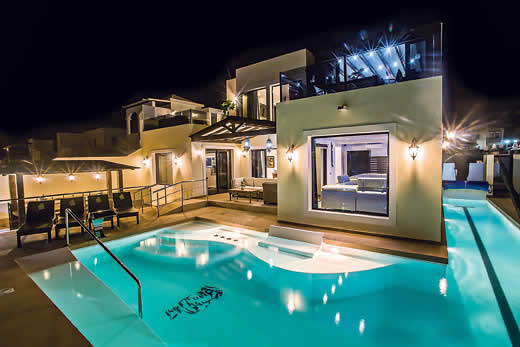 Holiday villa offer for Lanzarote with swimming pool