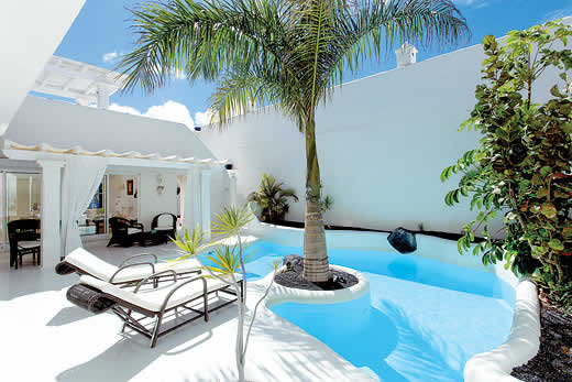 £1673.00 for Fuerteventura self catering holiday