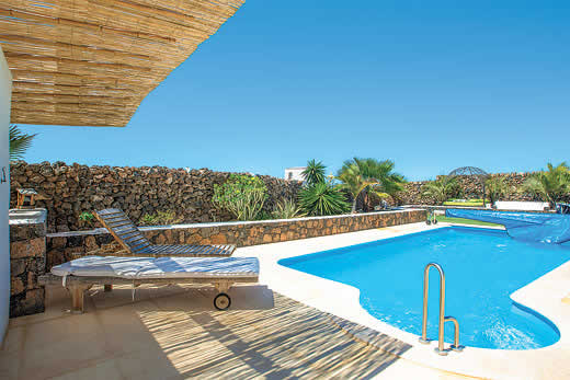 £1120.00 for Fuerteventura self catering holiday