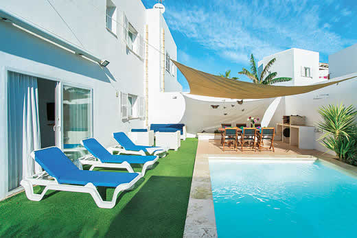 £1050.00 for Mallorca self catering holiday