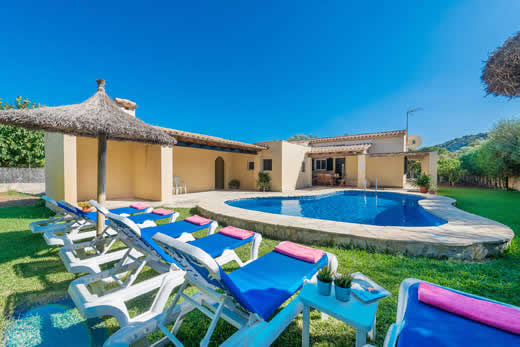 £376.00 for Mallorca self catering holiday