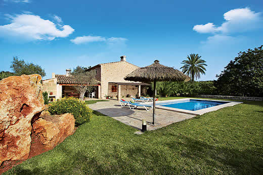£1127.00 for Mallorca self catering holiday