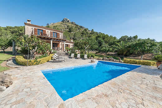 £513.00 for Mallorca self catering holiday