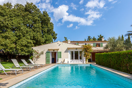 £1379.00 for Mallorca self catering holiday