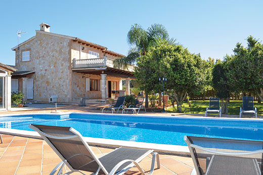 £571.00 for Mallorca self catering holiday