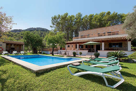 £1345.00 for Mallorca self catering holiday
