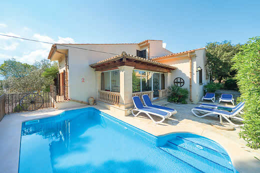 £439.00 for Mallorca self catering holiday